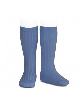 Calcetín alto liso azulado...